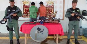 GNB Guárico captura a dos ciudadanos azotes de barrio