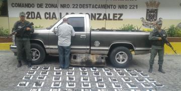 GNB Mérida incauta 48 panelas de presunta Cocaína