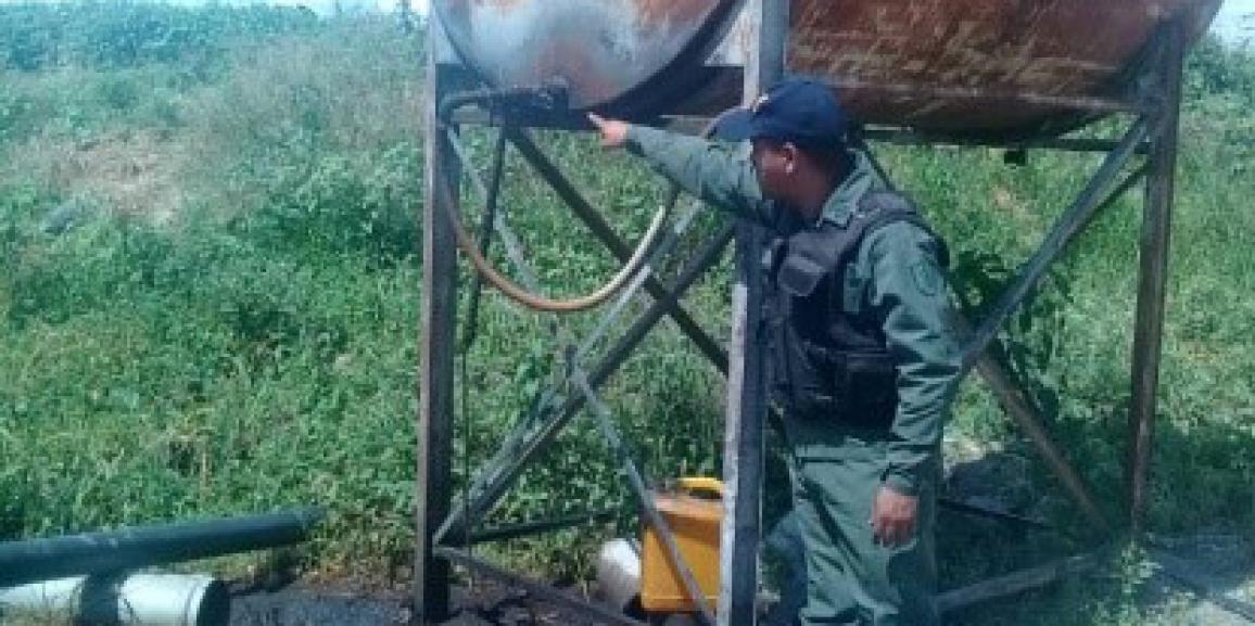 """Comando de vigilancia costera efectúa retención de 4.500 litros de """"gasoil"""""""