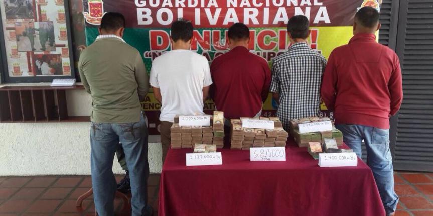 GNB Barinas capturó a cinco ciudadanos por presunta  extracción del territorio nacional del cono monetario