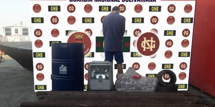 Comando de Vigilancia Costera GNB detuvo a un ciudadano por hurto de material petrolero en la Costa Oriental del Lago de Maracaibo