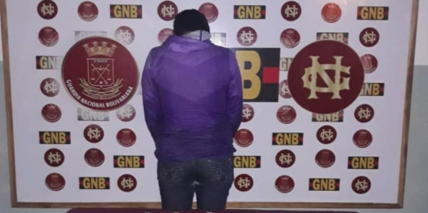 GNB detuvo a mujer con 150ml de droga líquida