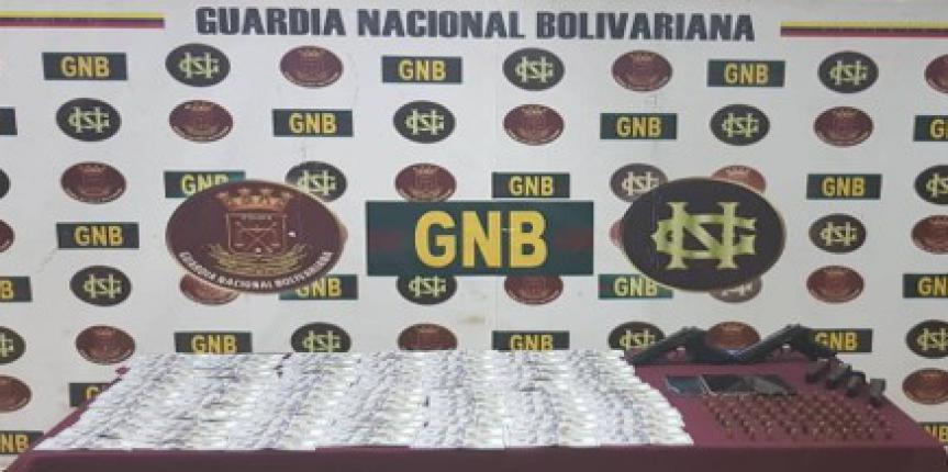 GNB capturó a 10 sujetos con material explosivo en el estado Bolívar