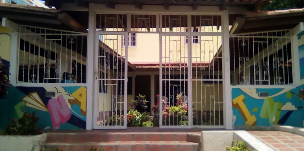 """Centro de atención integral al niño de la GNB dictó taller a padres y representantes titulado """"límites y normas, premios y castigos"""""""