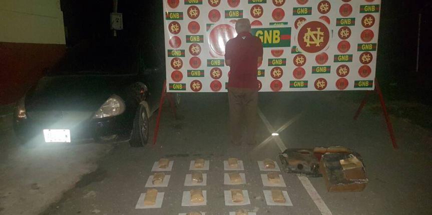 GNB incautó 91 panelas de marihuana que iban ocultas en el tanque de combustible