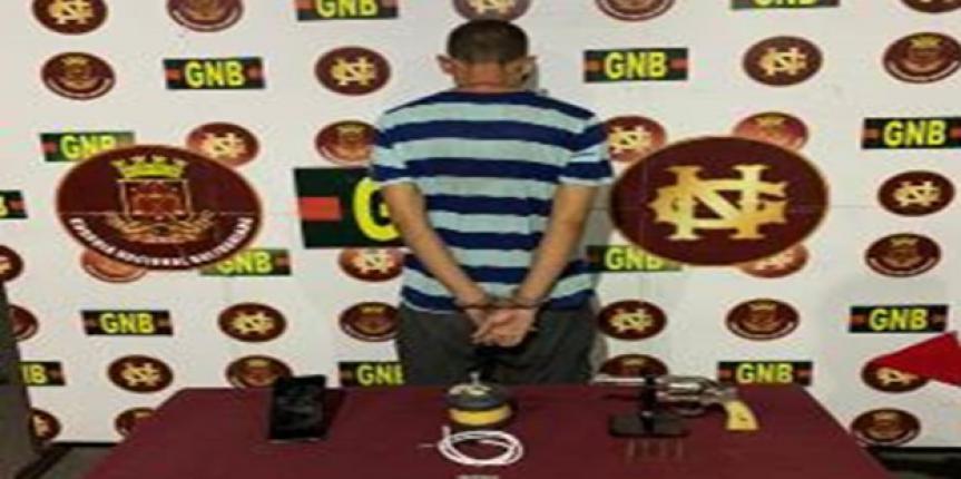 Detenido ciudadano con un arma de fuego y artefacto explosivo en el estado Táchira