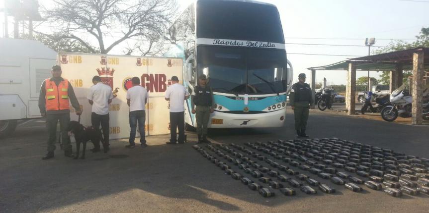 GNB incautó 199 envoltorios de presunta droga en el Puente sobre el Lago