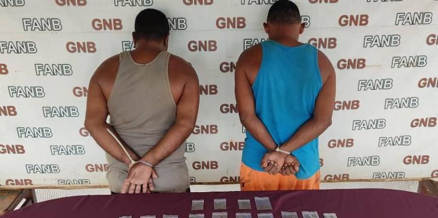 """GNB neutraliza a alias el """"Come Gato"""" y captura a dos integrantes del GEDO """"El Perú"""" en El Callao"""