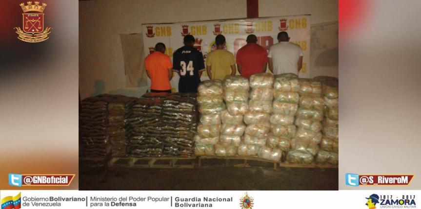 16 toneladas de alimentos de primera necesidad fueron incautadas por la GNB