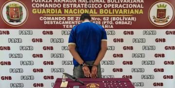 GNB aprehendió a un ciudadano con 23 envoltorios de Marihuana