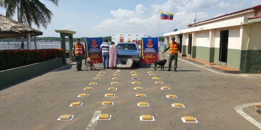 """GNB Zulia detuvo a integrantes de la banda """"Los Tanquista"""" con 32 panelas de marihuana"""