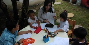 Niños y niñas del Cenain conmemoran los seis años de la siembra del Comandante Supremo y Eterno Hugo Chávez