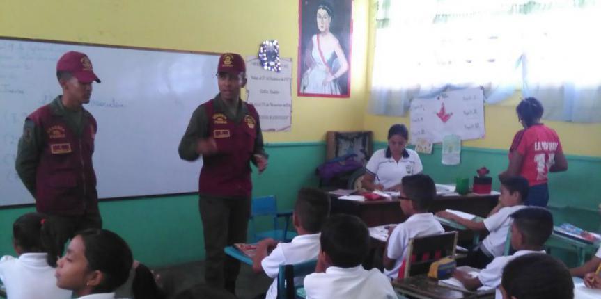 """Regimiento Guardia del Pueblo Portuguesa presente en el Dispositivo  """"El Guardia va a la Escuela"""""""