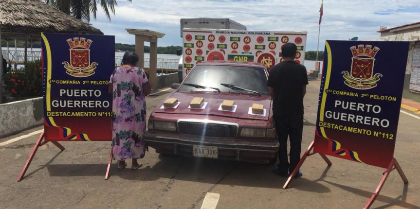 GNB Zulia da nuevo golpe al tráfico de drogas con la incautación de 79 panelas de marihuana oculta en el techo de vehículos