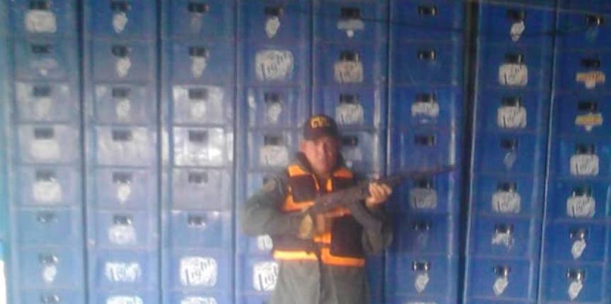 Vigilancia Costera de la GNB retuvo 84 cajas de cervezas en el estado Zulia