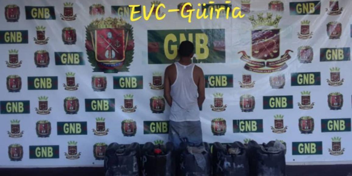 Comando de vigilancia costera detuvo a un ciudadano quien realizaba presunto tráfico de combustible en el estado Sucre