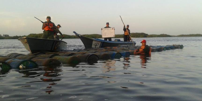 Vigilancia Costera GNB incautó 8 mil 360 litros de combustible en la Laguna de Sinamaica