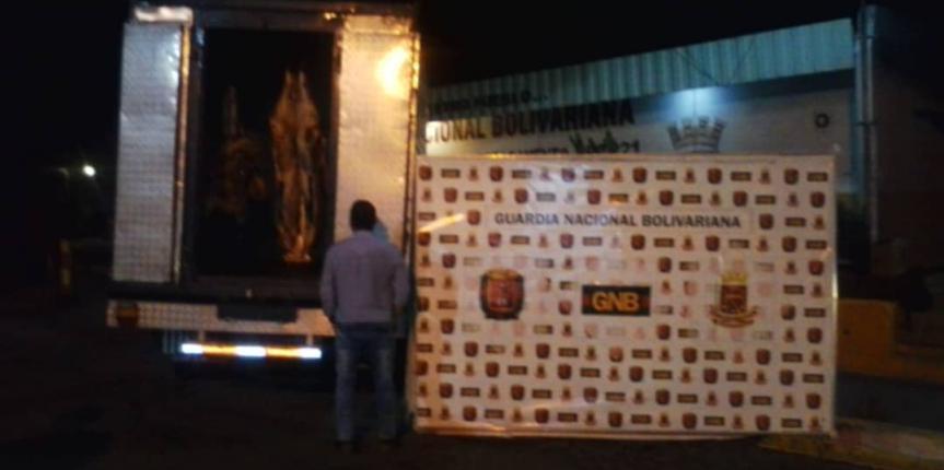 GNB capturó hombre por pretender desviar camión cargado de carne en Mérida