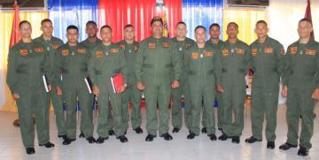 """Escuela de capacitación naval de la GNB """"GD. José Antonio Anzoátegui"""", efectuó acto de graduación del XXXI curso de comandantes de lanchas patrulleras."""