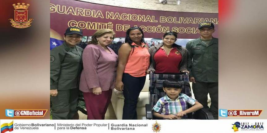 Comité de Acción Social de la GNB donó una silla especial para niños y dos  paquetes de pañales al personal militar y civil del Componente