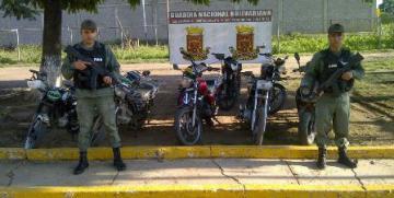 GNB desplegó operativo de motos en Tucupido estado Guárico
