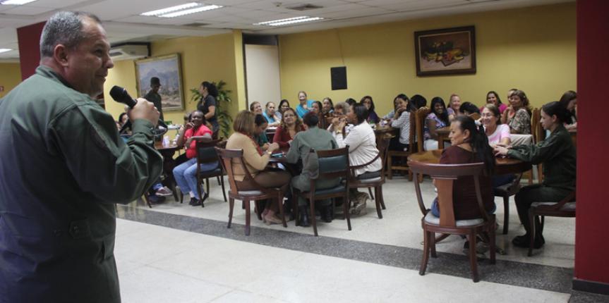Dirección de Educación de la GNB celebrò Día de las Madres