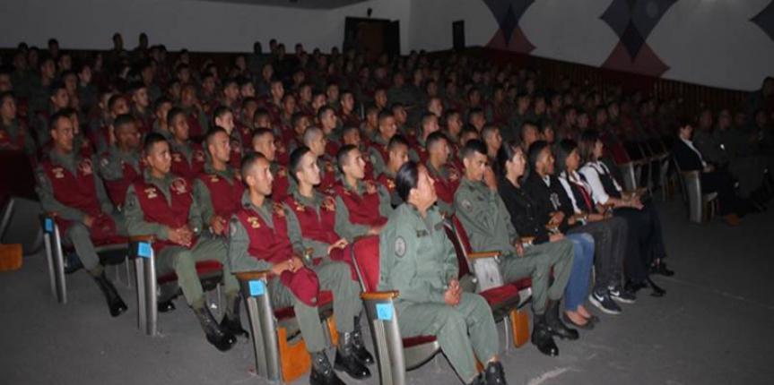 GNB instala Segundo Curso de Formación sobre Estándares para uso progresivo de la Fuerza
