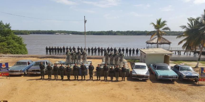 Golpe al contrabando de combustible GNB incautó 30 mil 800 litros de combustible y detuvo a 5 ciudadanos en La Guajira