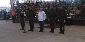 MG. Benavides Torres y Gobernador Arias Cárdenas presentaron a los nuevos Comandantes de las Zonas 11 y 13 de la GNB
