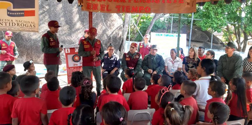 """Comité de Acción Social de la GNB visito el Centro de Educación Inicial """"CURUMI"""" del Comando de Zona Nº 63 Amazonas"""